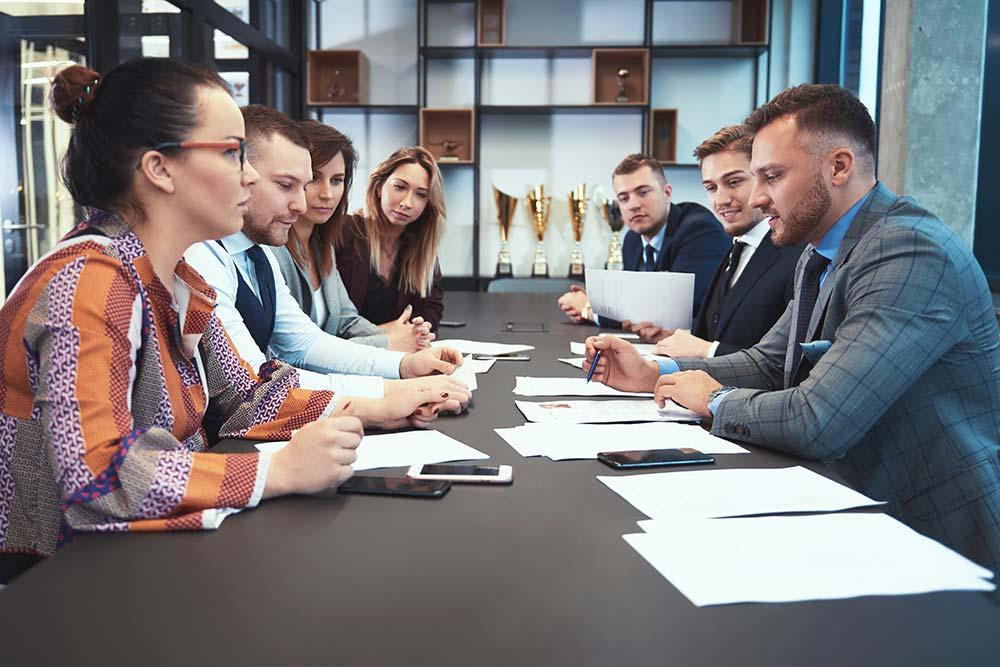 Wpływ pracowników na rozwój i decyzje w firmie